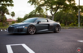 AUDI R8 - VOSSEN FORGED: CG SERIES: CG-204