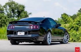 FORD MUSTANG на дисках VFS1