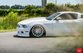 FORD MUSTANG на дисках VFS2