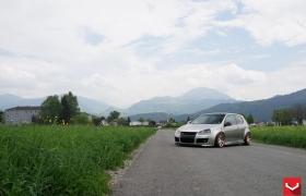 VW GOLF R на дисках CV4