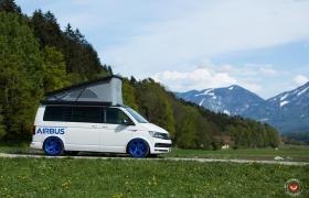 VW T6 НА КОВАНЫХ ДИСКАХ VOSSEN LC-103