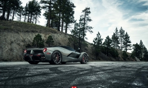автомобильные диски Vossen Ferrari