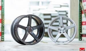 диски Vossen CV3R graphite и silver