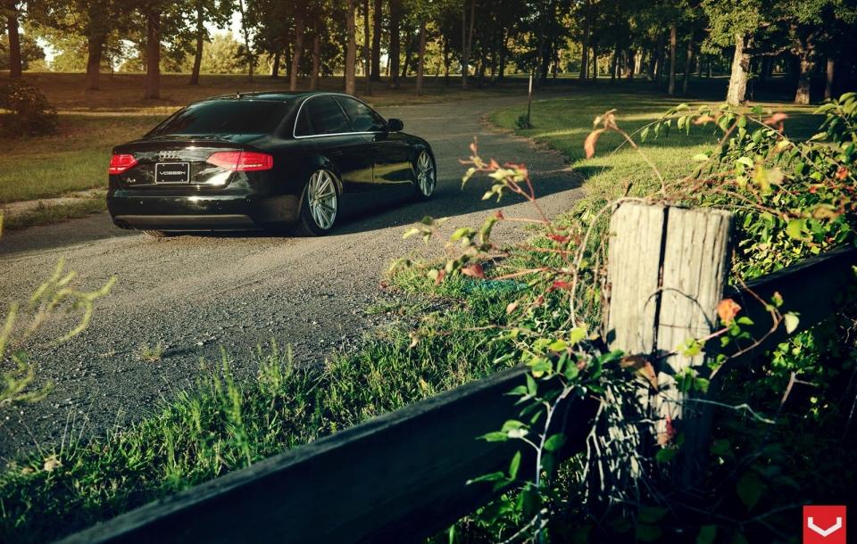 AUDI A4 на дисках CV4