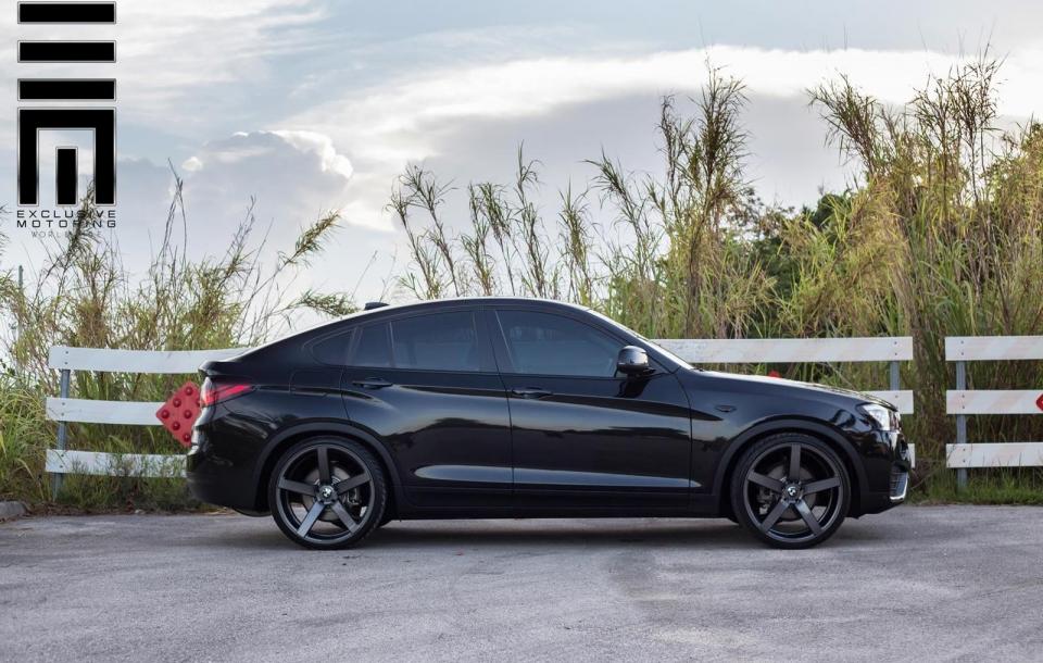 BMW X4 на дисках Vossen CV3R
