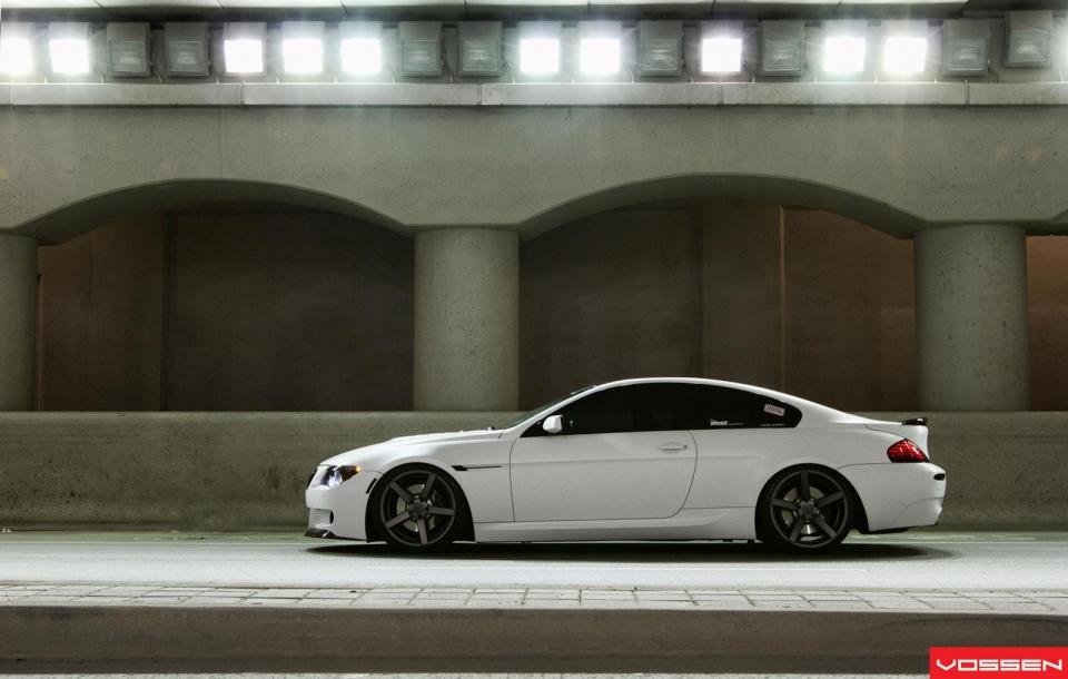 BMW 6 SERIES   M6 на дисках CV3