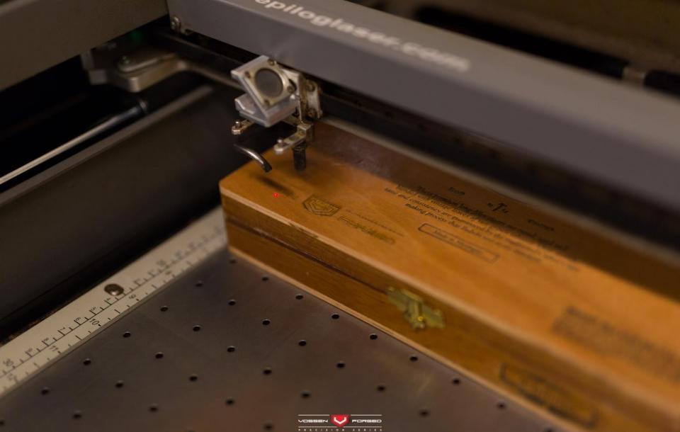 JEEP SRT8 на дисках VPS-306