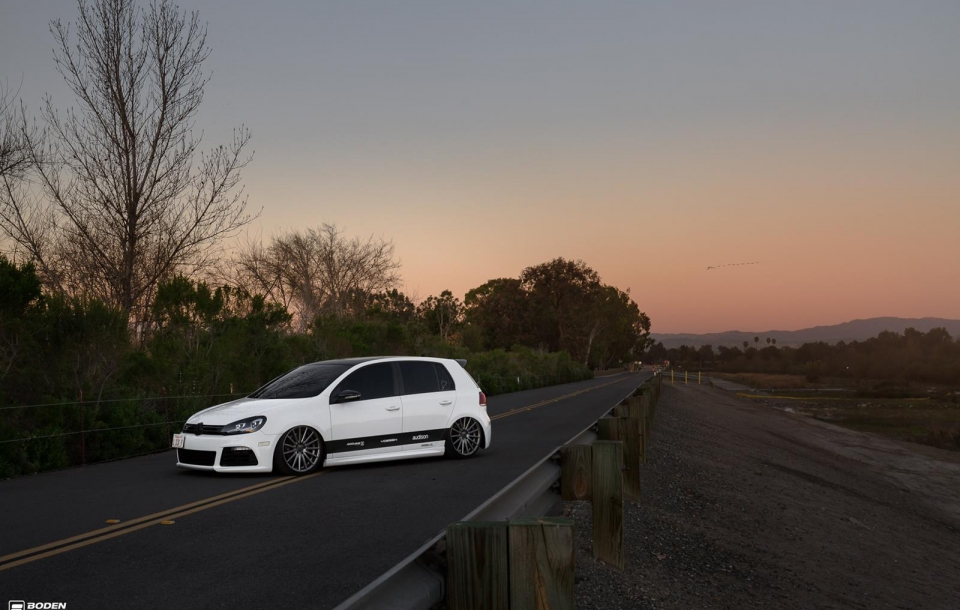 VW GOLF R на дисках VFS2