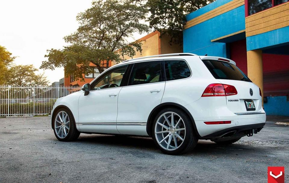 VW TOUAREG на дисках VFS1