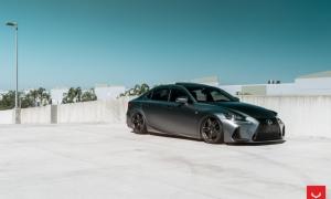 Lexus IS на Vossen HF-1