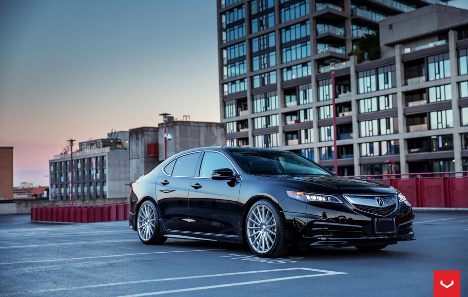 ACURA TLX на дисках VFS2